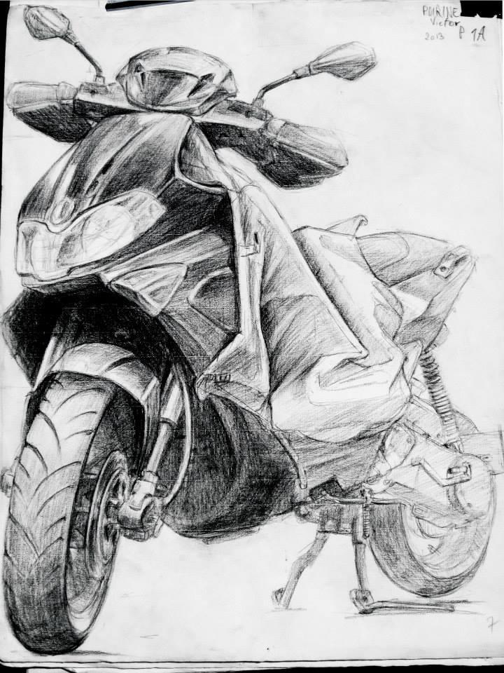 étude d\'un scooter au fusain