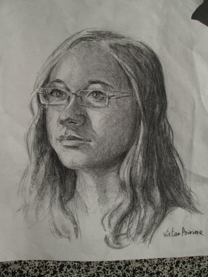 Un portrait au fusain de Lucie