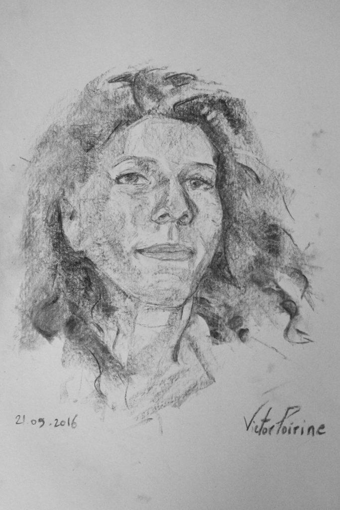 La belle Jasmine me laisse expérimenter des techniques de fusain avec son portrait