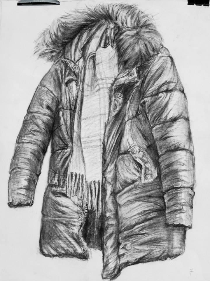 étude d\'un manteau au fusain